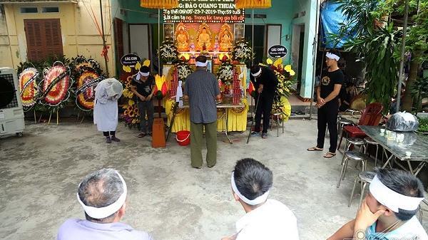 Tận cùng nỗi đau 3 đám tang trong xóm nhỏ làng Lai Khê ven quốc lộ 5 ở Hải Dương