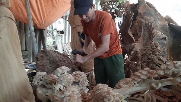 Độc đáo nghệ thuật gỗ lũa, đá cảnh xã Lâm Sơn
