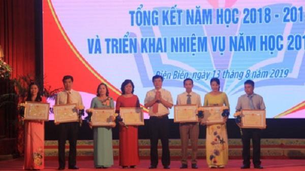Điện Biên: Vinh danh gần 200 tập thể, cá nhân trong năm học 2018 - 2019