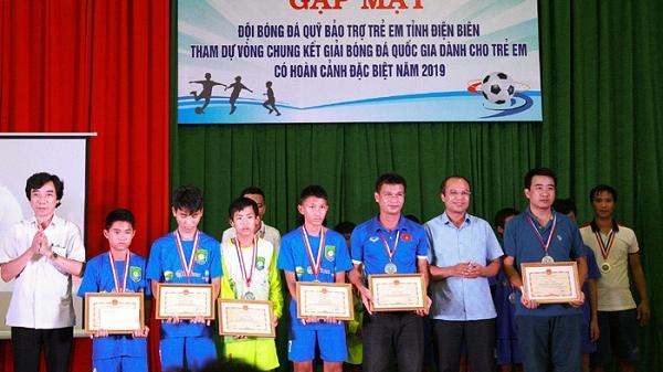 Đội bóng tỉnh Điện Biên đoạt Huy chương Đồng