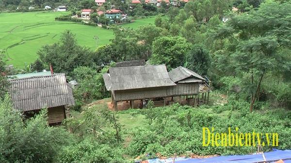 Điện Biên: Cần di dời 63 hộ dân ra khỏi khu vực đá lăn