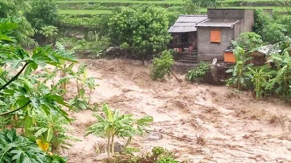 Lũ quét, sạt lở đất đe dọa nghiêm trọng Hòa Bình, Thanh Hóa, Nghệ An