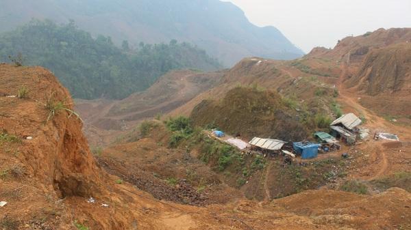"""Điện Biên: Mỏ vàng Phì Nhừ dừng khai thác 2 năm, doanh nghiệp """"mất tích"""" nên cửa mỏ khó đóng"""