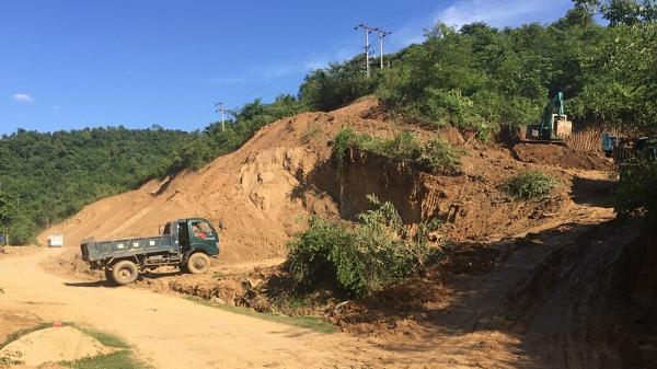 Điện Biên Đông: Tràn lan tình trạng san lấp đất nông nghiệp