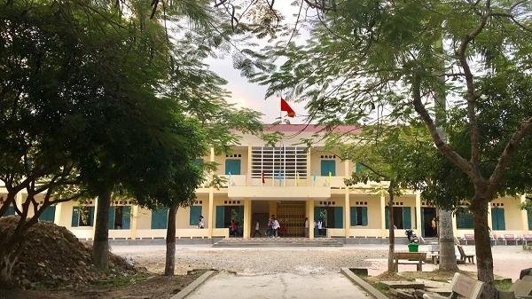 Tin mới vụ tiền hỗ trợ học sinh nghèo ở Hải Dương nghi bị bớt xén