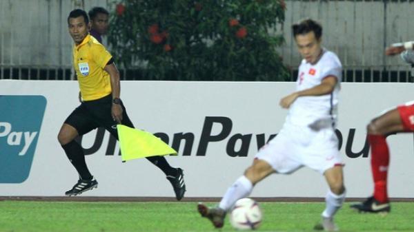 """Info trọng tài """"cướp"""" bàn thắng hợp lệ của Văn Toàn, khiến Việt Nam chia điểm đáng tiếc trước Myanmar ở AFF Cup 2018"""