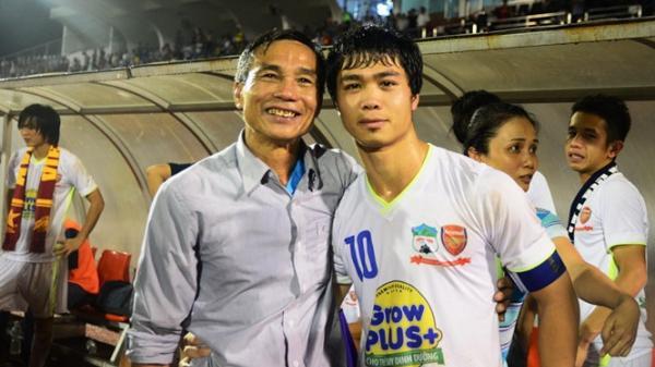 Xe khách hỏng, bố Công Phượng gặp khó khăn khi đến Hà Nội cổ vũ cho đội tuyển Việt Nam