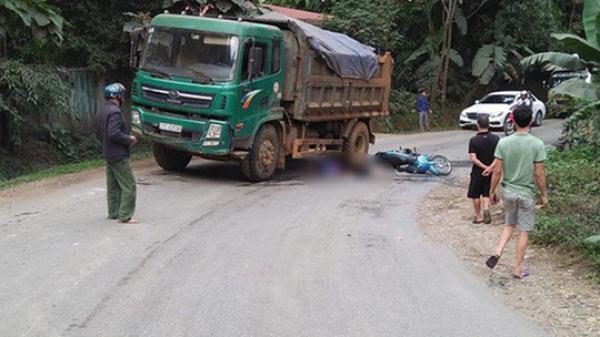 Vợ t ử vong tại chỗ, chồng bị thương trên đường đi ăn cỗ về