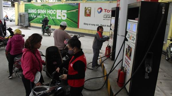 Giá xăng dầu đồng loạt giảm sâu từ 0h00 ngày đầu năm 1/1/2019