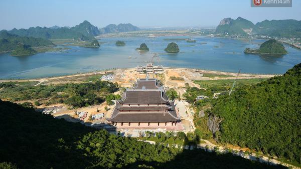 Cận cảnh ngôi chùa lớn nhất Việt Nam - Nơi sẽ đặt báu vật thiên thạch mặt trăng 600.000 USD được đấu giá từ Mỹ