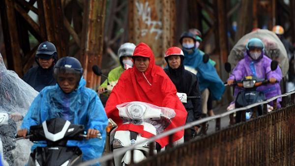 Không khí lạnh tăng cường, nhiệt độ miền Bắc lại giảm, Hà Nội mưa rét thấp nhất 13 độ C