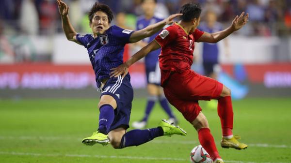 Đá một trận để đời, đội tuyển Việt Nam khiến Nhật Bản toát mồ hôi vào bán kết