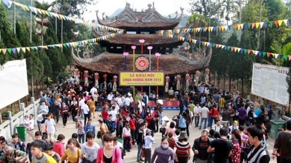 Những điều cần tránh khi đi lễ chùa, đền, phủ