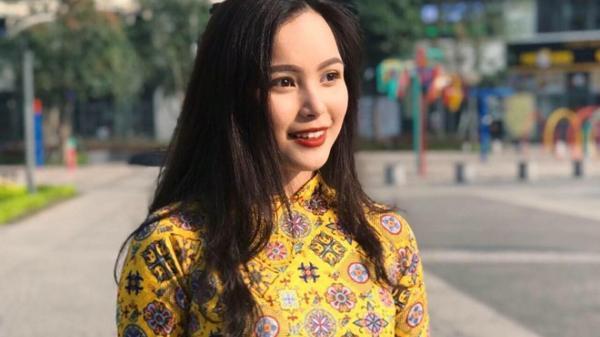 Nữ sinh tặng hoa cho Tổng thống Trump: Sinh viên Học viện Ngoại giao, từng là hoa khôi Tràng An