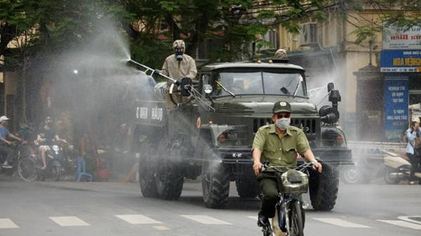 Thủ tướng quyết định Hà Nội, TP Hồ Chí Minh và 10 địa phương nguy cơ cao tiếp tục thực hiện giãn cách xã hội