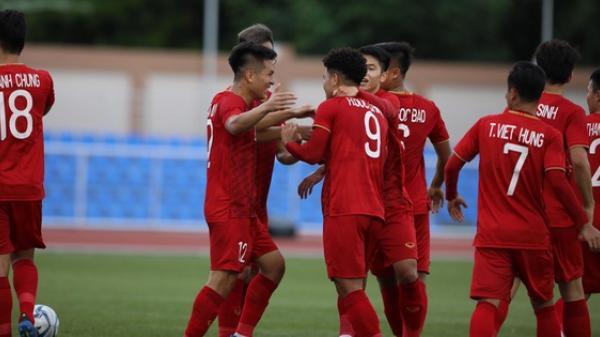 U22 Việt Nam - Brunei: Cầu thủ quê Phú Thọ đánh đầu mở tỉ số cho Việt Nam
