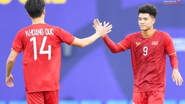 Việt Nam 3-0 Brunei: VÀO!! Đức Chinh mở đầu hiệp 2 không thể rực rỡ hơn