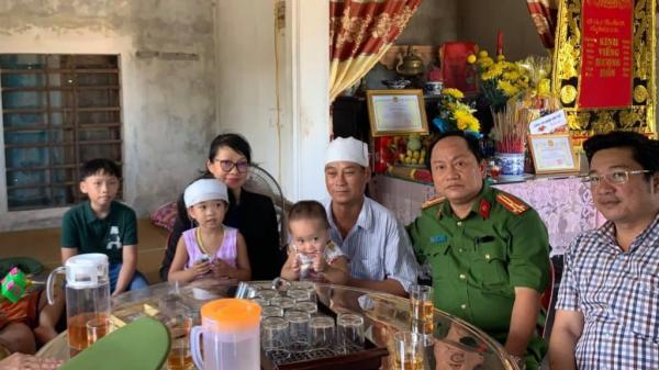 TP.Đà Nẵng truy tặng bằng khen, trao 140 triệu đồng cho gia đình người đi câu thiệt m ạng khi giải cứu 4 du khách