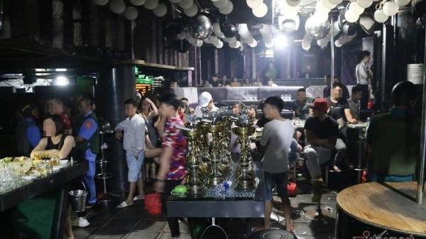 Hơn 100 người d.ư.ơng t.ính m.a t.ú.y trong quán b.a.r TV Club ở Đà Nẵng