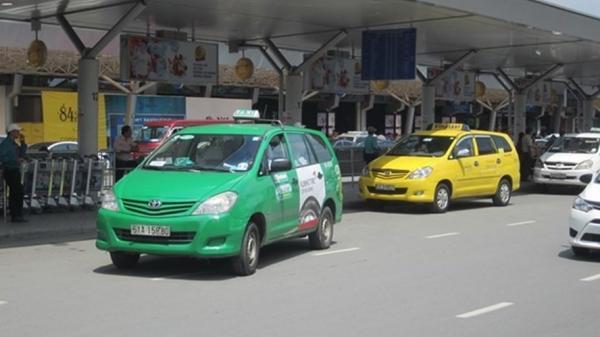 TPHCM: 200 ôtô chở người dân miễn phí trong trường hợp cấp bách