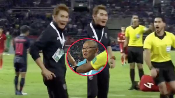 Lý do thầy Park nhận thẻ vàng: 1 thành viên ban huấn luyện Thái Lan sang 'cà khịa' cả team Việt Nam?