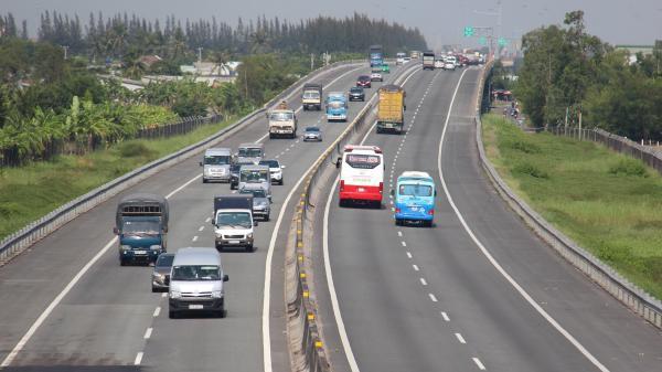 Đề xuất thu lại phí cao tốc TP.HCM - Trung Lương