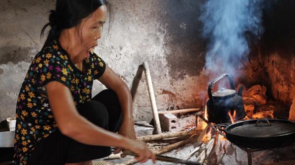 Người phụ nữ Phú Thọ gần 50 năm không ngậm được miệng