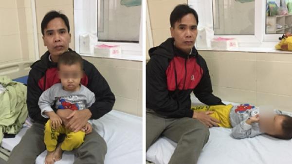 Con trai 3 tuổi bị u.ng t.hư, cha cầm bát đi xin ăn từng bữa: Làm tất cả để con được sống