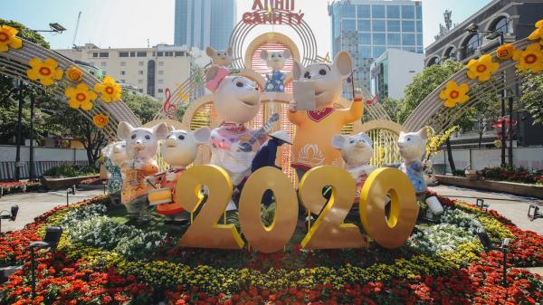 Cận cảnh đường hoa Nguyễn Huệ Tết Canh Tý 2020 khoe sắc rực rỡ trước ngày khai mạc