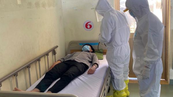 Chỉ 1 ngày, bệnh viện dã chiến ở thành phố đông dân nhất Việt Nam tiếp nhận số ca cách ly tăng gấp 3