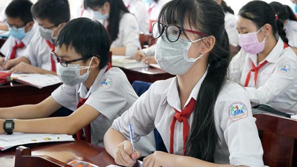 Cho HS nghỉ học hết tháng 3 để tránh dịch, trường học ở TP.HCM nói gì?
