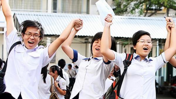 TP.HCM đề xuất học sinh các cấp đến trường trở lại vào ngày 16/3, riêng lớp 9 và lớp 12 đi học ngày 2/3