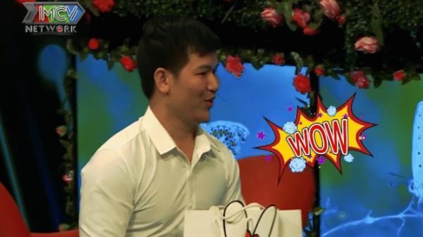 """Bạn muốn hẹn hò: Vừa nhìn thấy cô gái, chàng trai Sài Gòn không kìm nén được cảm xúc liền """"wow"""""""