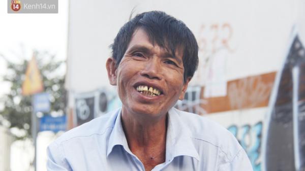 Người đàn ông nghèo bật khóc khi bị CSGT ở Sài Gòn tịch thu xích lô: Mấy chú góp tiền để tui mua chiếc xe máy, tui biết ơn dữ lắm!