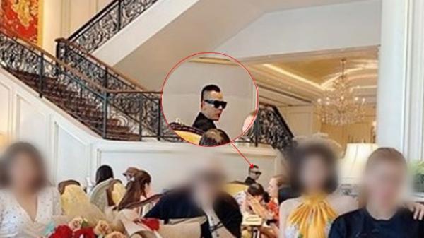 Rò rỉ bằng chứng Vũ Khắc Tiệp đi cafe sang chảnh ngày 8/3 trong khi khẳng định là tự cách ly tại nhà