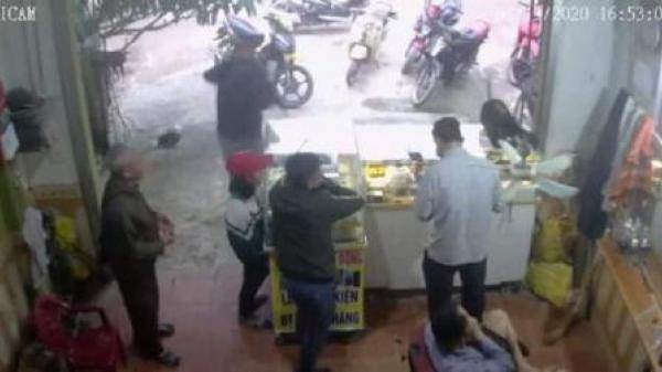 Nghi nữ sinh mất tích cùng người đàn ông có vợ quê Phú Thọ: 'Có yêu đương'