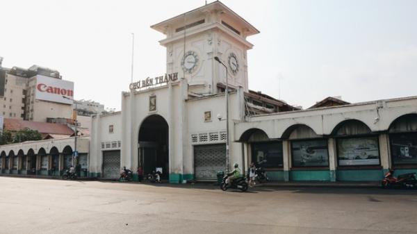 Ngày đầu áp dụng lệnh hạn chế di chuyển: Những điểm vui chơi ở Sài Gòn vắng hoe, chợ Bến Thành không một bóng du khách