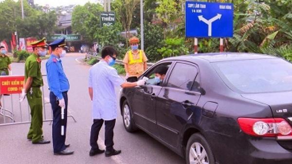 Lập chốt kiểm soát dịch bệnh Covid-19 tại các nút giao tỉnh Phú Thọ với cao tốc Nội Bài- Lào Cai