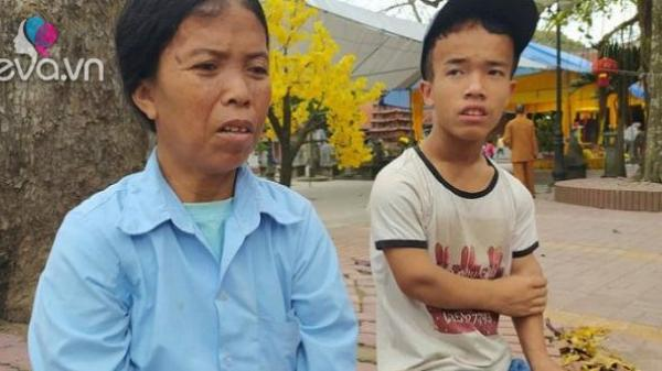 Gia đình 3 người lùn ở Hưng Yên: Ngày chỉ ăn một bữa, toàn uống nước lã và cháo loãng