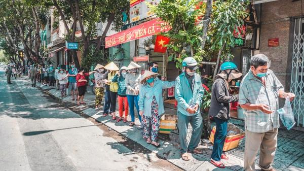 Thực hư thông tin 'ATM gạo' ở Sài Gòn 'ế ẩm' phải 'năn nỉ' bà con đến nhận