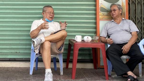 Hàng quán ở TP HCM bắt đầu đón khách trong ngày đầu nới lỏng cách ly xã hội