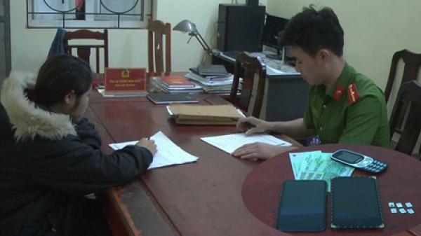Hưng Yên: Giả là người mua hàng, cô gái trẻ cướp giật 2 chiếc điện thoại