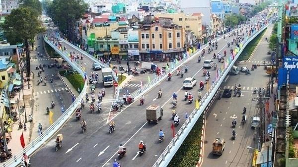 Cấm một số phương tiện lưu thông hướng cầu chữ Y đến cầu Nguyễn Văn Cừ