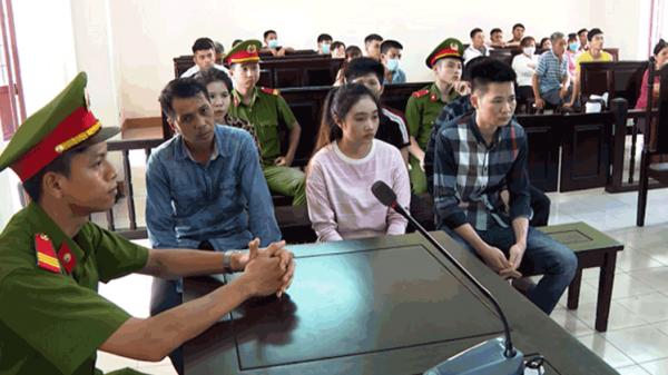 Kiếm tiền bất chính từ thân xác phụ nữ, vợ chồng 9X Phú Thọ cùng đồng phạm trả giá đắt