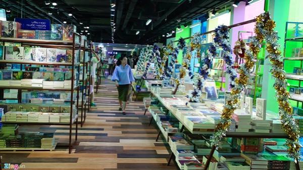 Thăm Thành phố Sách 3.000 m2 đầu tiên của Sài Gòn