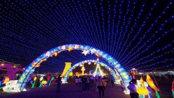 Hot Hot: Tối nay Festival ánh sáng lớn nhất Việt Nam bắt đầu mở cửa tại Sài Gòn