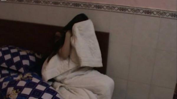 Đột kích nhà hàng ở Sài Gòn, bắt quả tang 3 cặp nam nữ mua bán dâm giá 1 triệu đồng