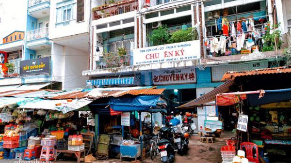 Cơm thố độc lạ 73 năm lưu truyền của gia đình người Hoa, cả Sài Gòn giờ chỉ còn sót lại một tiệm