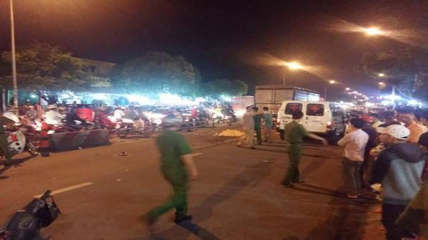 Xe tải phóng nhanh, tông chết người trong khu công nghiệp