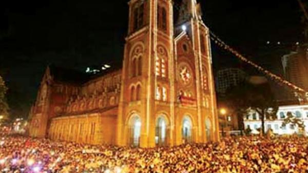 Chuyện về Nhà thờ Đức Bà Sài Gòn